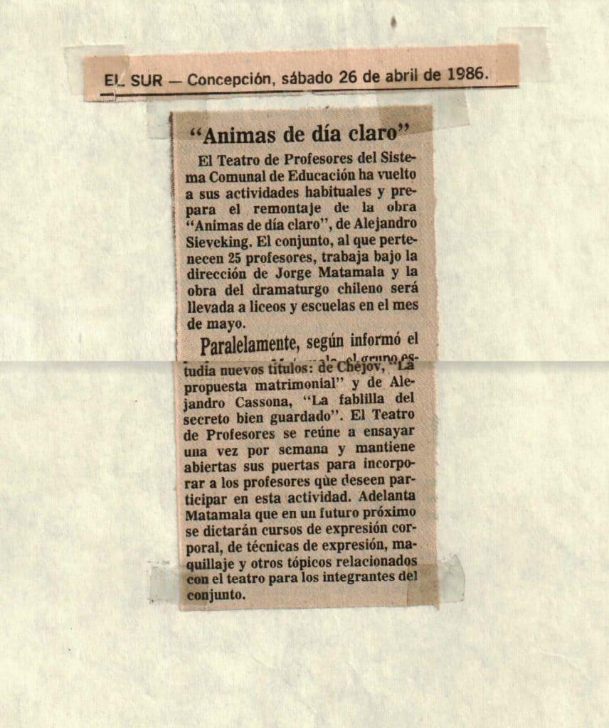 1986 - Ánimas de día claro - El Sur 26 de abril - Gentileza del Colegio de Profesores