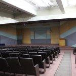 Auditorio Facultad de Humanidades y Arte 2